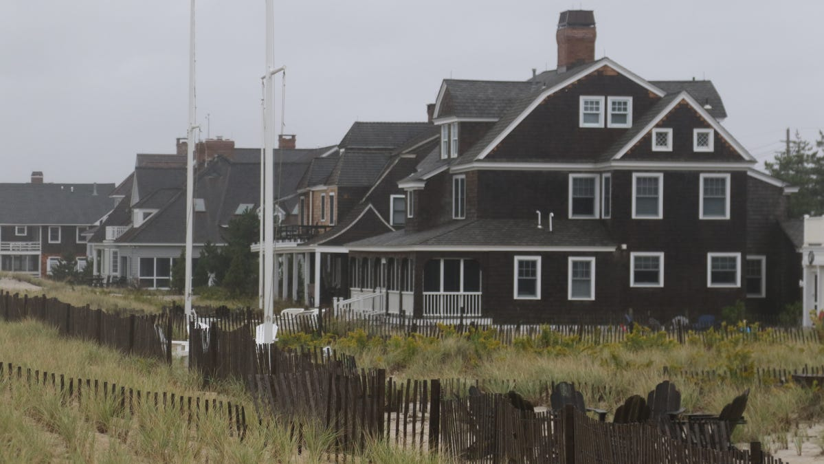 Facing rising sea levels, Jersey Shore voters worry about climate change but still love Trump
