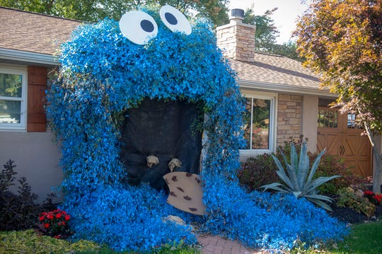 Lisa Boll's Big Bird creation made out of vines has gotten a lot of attention in the short time it's been up.