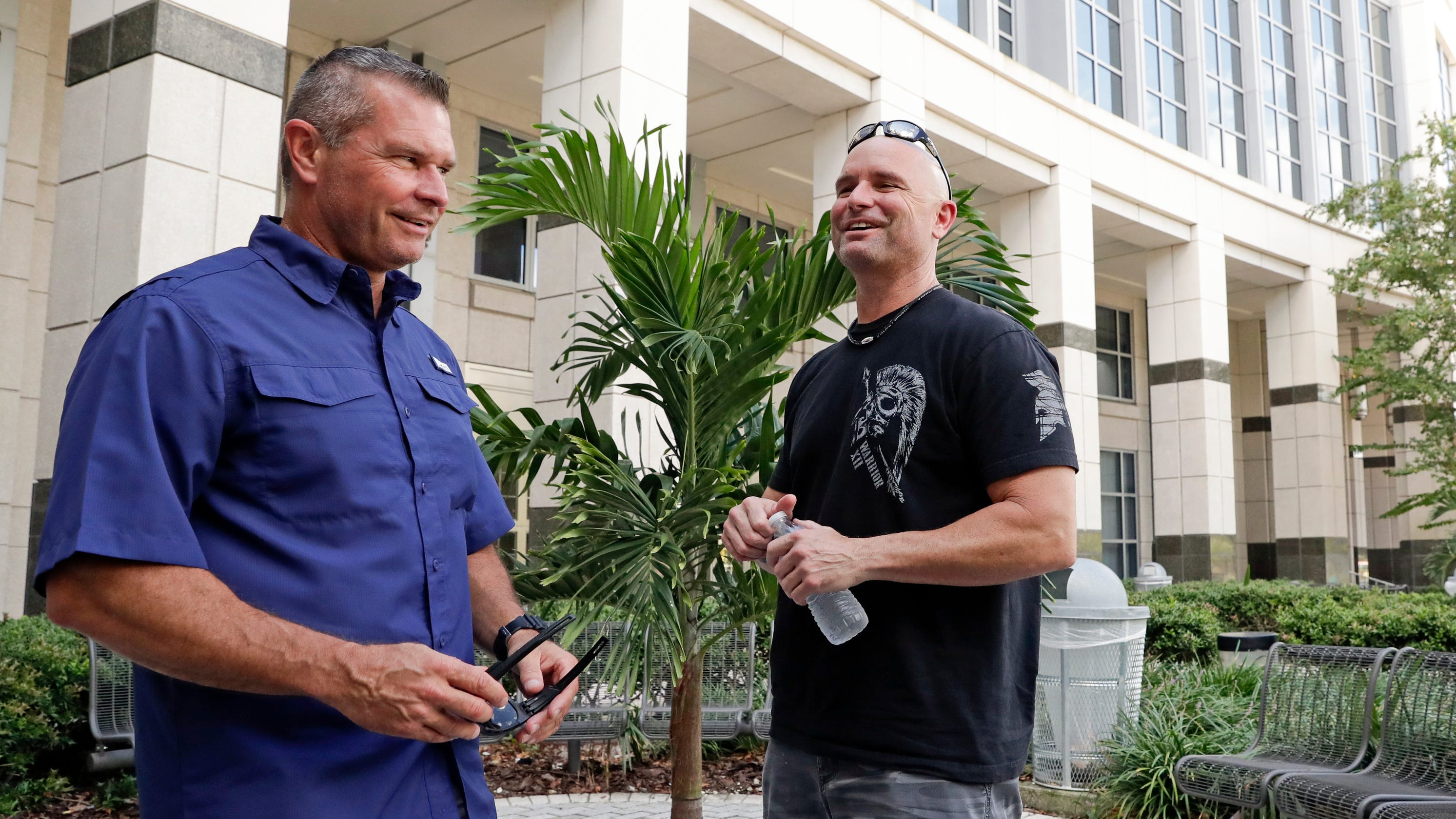 Two Florida cops never knew they were half brothers: A DNA test reunited them - USA TODAY