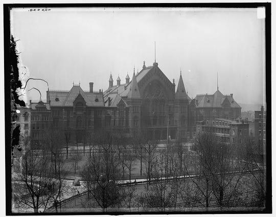 Cincinnati Music Hall, c. 1910.