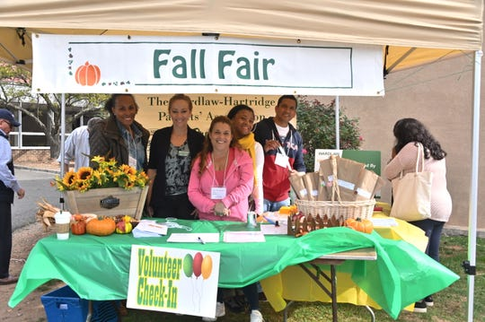 Parent volunteers, student clubs and activities for kids contributed to another Fall Fair on the Wardlaw+Hartridge campus.