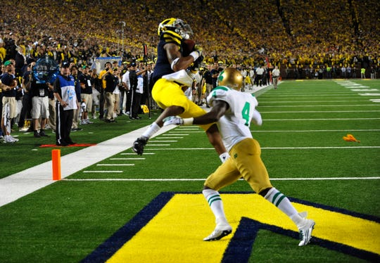 Michigan wide receiver Roy Roundtree beats Notre Dame cornerback Gary Gray to catch the game-winning touchdown back in 2011.