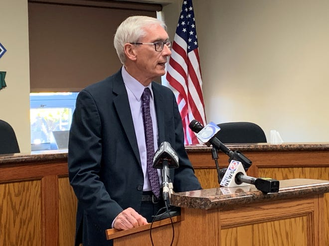 Gov. Evers delivers Executive Order 45 to create a task force for retirement security.
