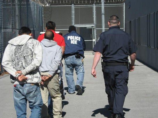 Informe revela que inmigrantes son propensos al uso de opioides en EEUU.