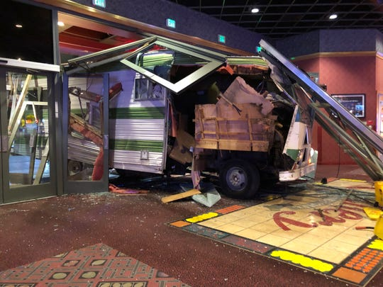 Westlake Legal Group 6bf1da21-1e9b-46a9-863a-f8dd80786cd4-Unknown-1 Woman drives motorhome into Las Vegas-area casino after she was kicked out, police say
