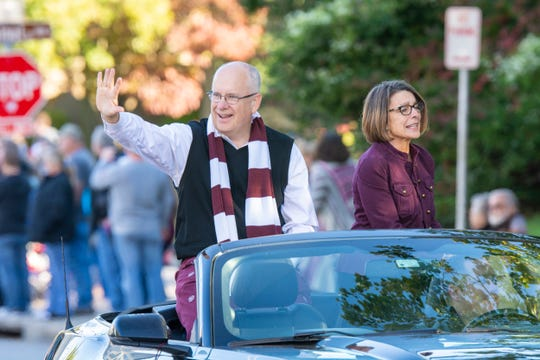 Clif and Gail Smart were part of the 2018 Homecoming Parade at Missouri State University.