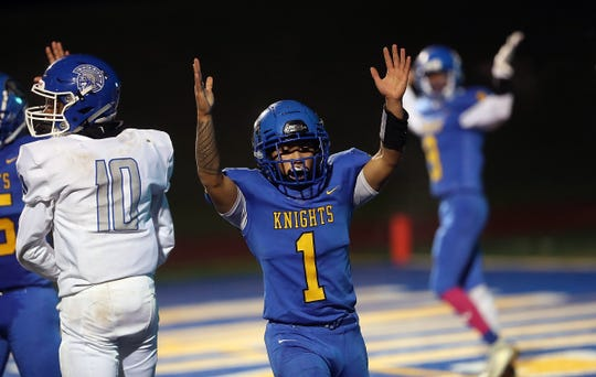 Bremerton's Darick DeJesus scored nine touchdowns for the Knights in 2019.