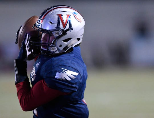 Veterans Memorial's Joseph Perez catches the ball at the game against Miller, Friday, Oct. 26, 2019, at Buc Stadium. Miller won, 50-43 in double overtime.