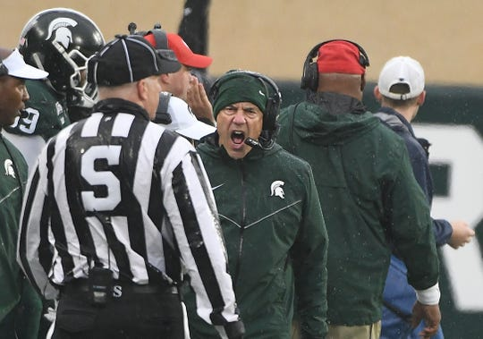 MSU head coach Mark Dantonio disagrees with a call in the first quarter.