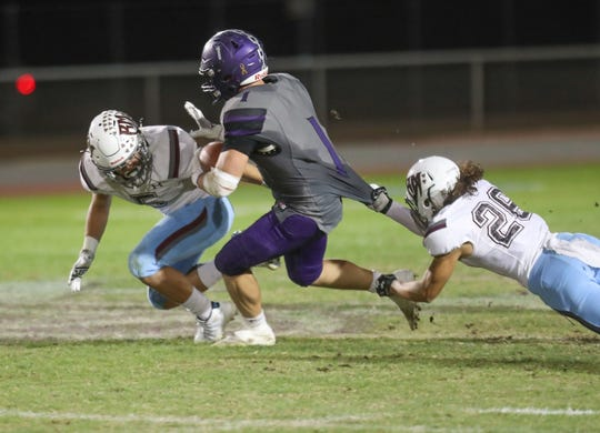 Shadow Hills running back Jaden Donovan carries the ball against Rancho Mirage, October 24, 2019.