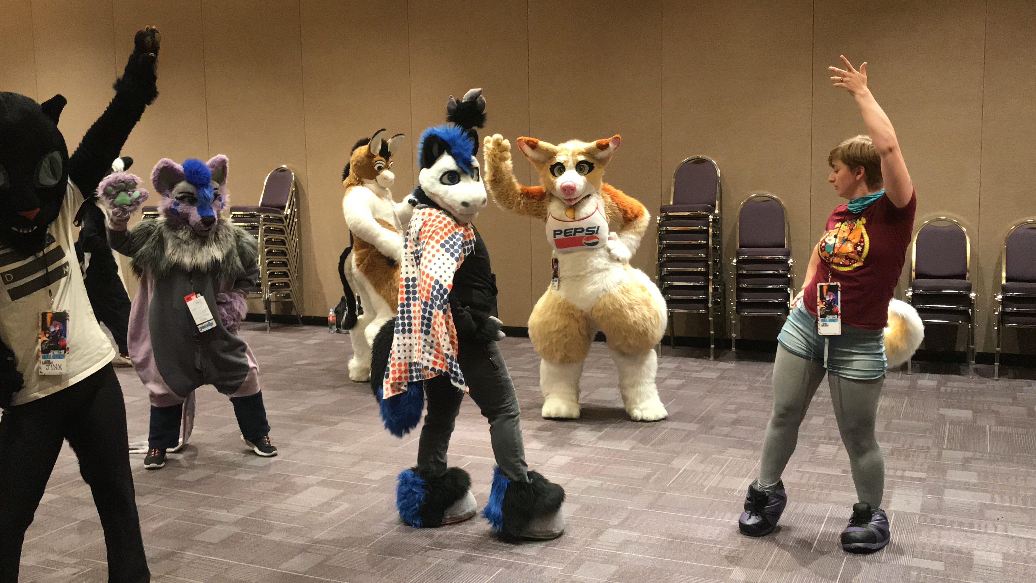 Halloween Furries Convention 2020 Arizona Fur Con mixes art and creativity in Mesa
