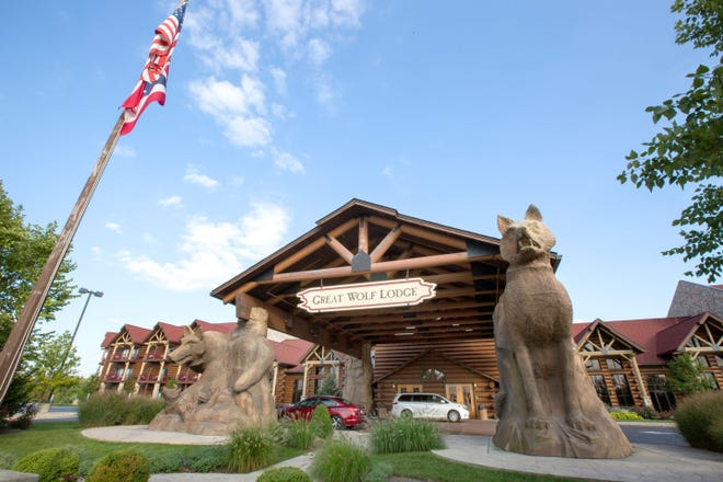 Great Wolf Lodge entrance