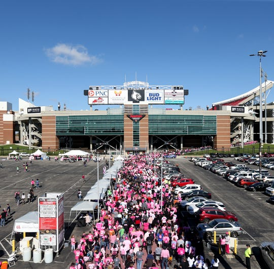 Participants in the Making Strides Against Breast Cancer walk on Oct. 27, 2019.
