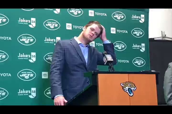 Video Jets Sam Darnold Reacts After Jaguars Troll Him Over Ghosts Comment