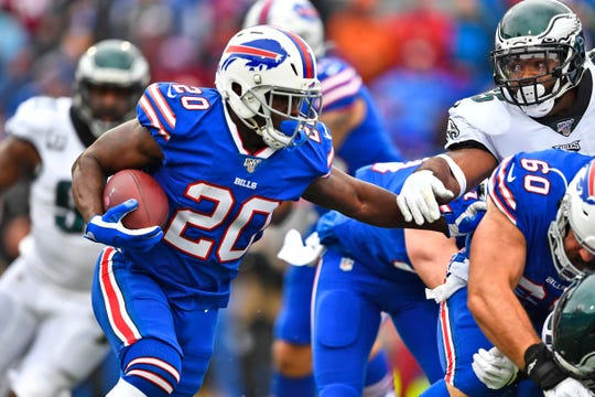 Buffalo Bills' Frank Gore runs the ball during the first half of an NFL football game against the Philadelphia Eagles, Sunday, Oct. 27, 2019, in Orchard Park, N.Y. (AP Photo/Adrian Kraus)