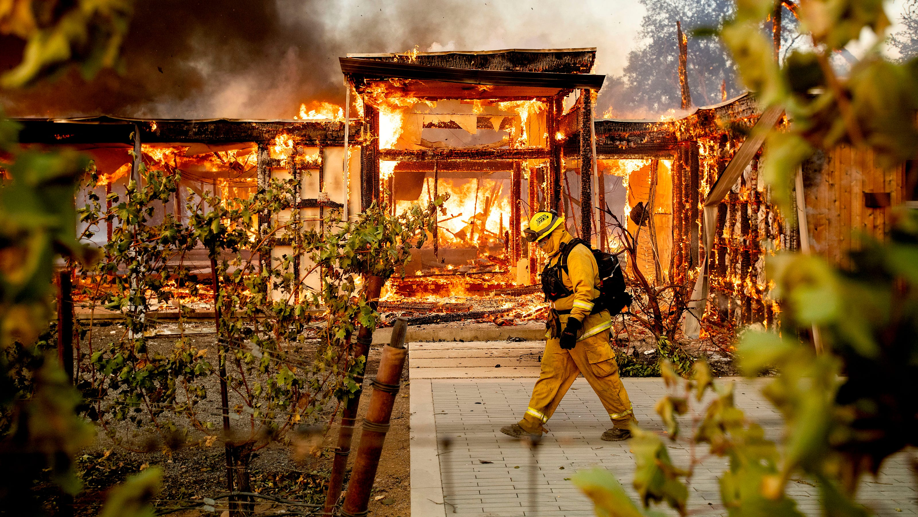 California Wildfire Kinkade Fire Pg E Blackouts Just One Frustration