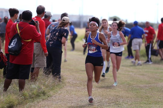 Gregory-Portland's Beyonce Hernandez qualified for the UIL State Cross Country meet as an individual, finishing 12th in the Class 5A girls race at Dugan Stadium.