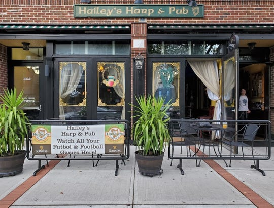 Hailey's Harp and Pub.