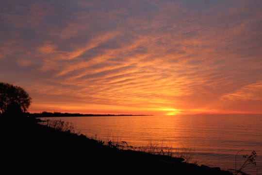 'Radiance,' a winning photo in the 2020 Mariners Trail calendar photo contest. Photo by Deena Larsen of Manitowoc.