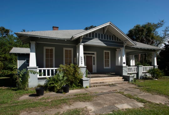 The Panhandle Butterfly House in Navarre wants to buy T.W. Jones House in Milton and relocate to the Henry Street location.