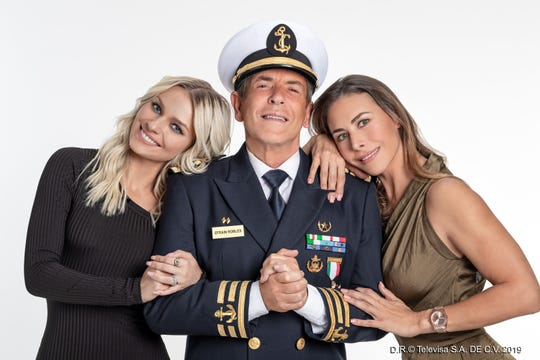 """En """"Soltero con Hijas"""", Irina interpreta un personaje antagónico, aquí con Carlos Mata y con Vanessa Guzmán, la protagonista junto con Gabriel Soto."""