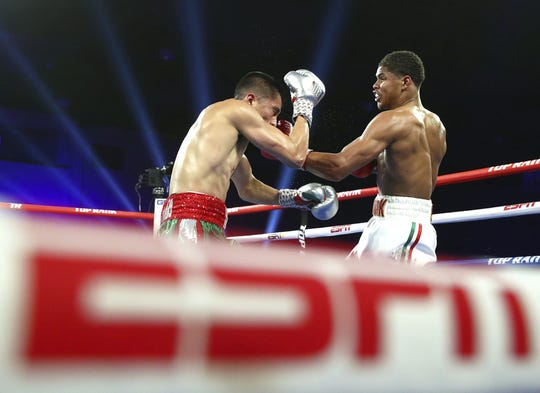 Shakur Stevenson beat Joet Gonzalez for the WBO world featherweight title Saturday night at the RSCVA convention center.