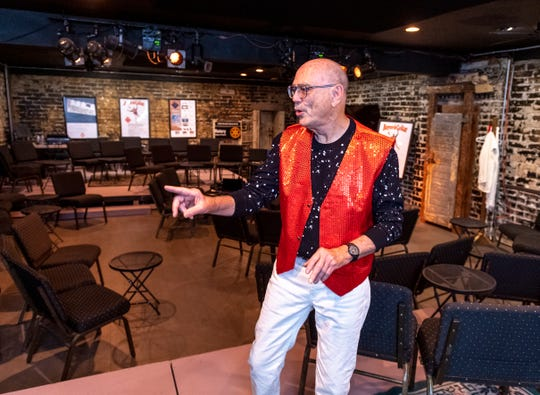 "Keith Lindersmith stars in the one-man show ""Buyer and Cellar"" at Ice House Theater."