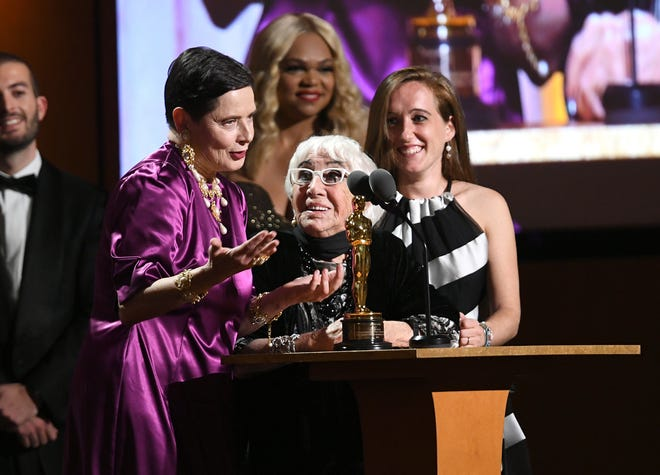 Isabella Rossellini translates for Italian director Lina Wertmüller, who won an honorary Oscar at the Governors Awards Sunday night.