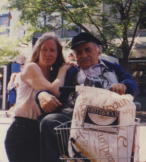 Janet Biehl and Murray Bookchin in downtown Burlington in 1995.