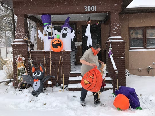 In October, 17 inches of snow has fallen in Great Falls ensuring a white Halloween.