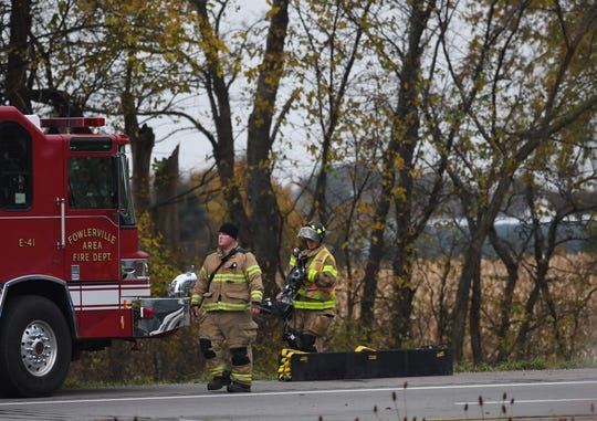 A crash closed all lanes of eastbound Interstate 96 near the Ingham County and Livingston County border Tuesday morning.