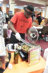 Chef Avery Cain of Chef E.N.T. Production at the 2018 'A Taste of the Blvd.' Men's Cook Off.