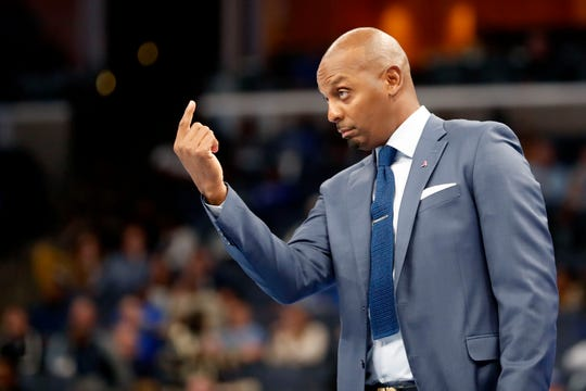 Memphis head coach Penny Hardaway signals to his players Monday, Oct. 28, 2019, during an exhibition game against LeMoyne-Owen at FedEx Forum in downtown Memphis. Memphis won 88-63.