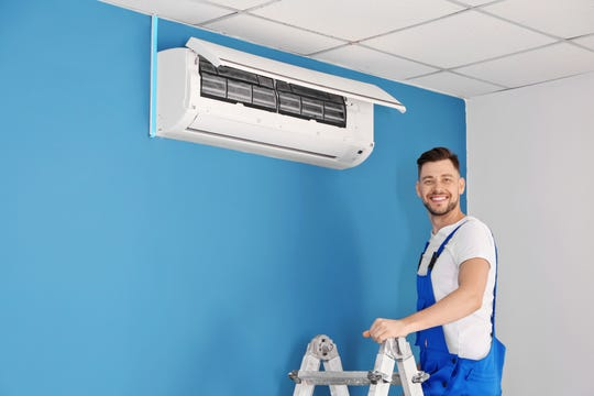 An HVACR technology diploma program can prepare students for a rewarding career.