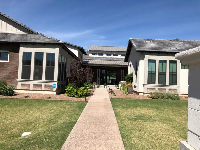 Ross and Erin Murray were among the first homeowners in the luxury development Toll Brothers at Whitewing in Gilbert when they purchased their new home in 2017 and moved in a year later.