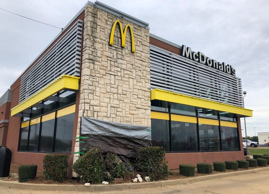 The McDonald's on Viking and Airline Drive was damaged when a Bossier deputy crashed in to it Monday night.