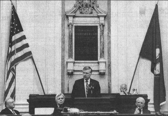 Gov. Gerald Baliles delivers his final State of the Commonwealth Address in January 1990. Baliles, Virginia's 65th governor, died Tuesday.