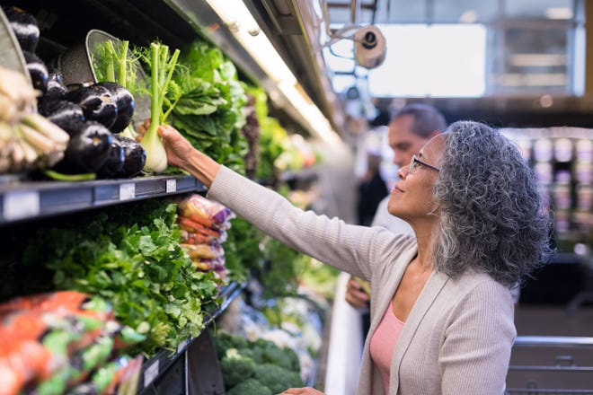 What organic and super foods reduce your risk of developing cancer?