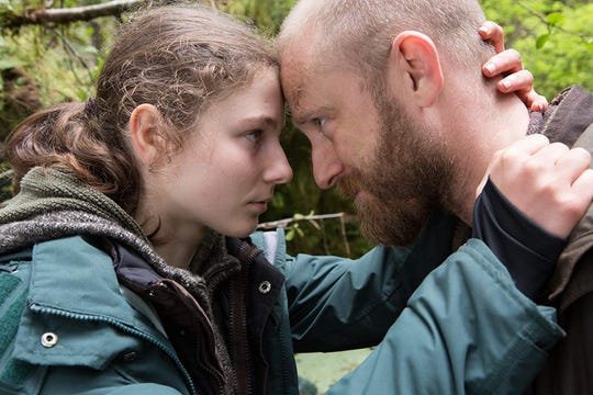 """Thomasin McKenzie and Ben Foster in """"Leave No Trace."""""""