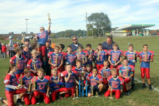The Fairfield Christian Academy Knights won the Lancaster Youth Football League championship after they defeated the Gators 22-13. The Knights, who were coached by Andy Hutchinson, finished the season with a 12-0 record. Members of the team included Axel Hutchinson, Connor Blair, Lylee Marcinko, Nicholas Wheat, Zeke Wesson, Noah Wesson, Brandon Fernandez, Cayden Clarke, Carson Clarke, Josh Witte,Parker Couch, Darren Johnson, Jens Schultz, Lucas Brinley, Bryant Hutchinson, Keegan Neel, T.J. Blair, Ryan Hutchinson, Zack Price, Jordan Hutchinson, Elijah Herron, Dexter Pritchard, Alieya Garner, Laykin Prsi, Tucker Harper, Adam Hamilton, Lillian McNutt, Mason Turner, Chloe Marcinko, Connor McNutt and JJ Fernandez.