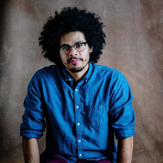 From 10:30 a.m.-2:30 p.m., Saturday, Nov. 2, Geffrey Davis, published poet and professor at the University of Arkansas, is scheduled to teach a poetry workshop and perform his poetry live at the Baxter County Library.