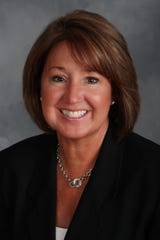 Laurie Knutson, owner of The Interim CEO.