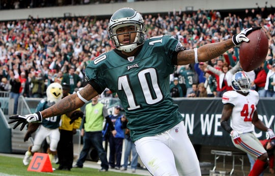 DeSean Jackson (10) of the Philadelphia Eagles celebrates his second quarter touchdown against the New York Giants on Sunday, Nov. 1, 2009 at Lincoln Financial Field in Philadelphia, Pennsylvania.