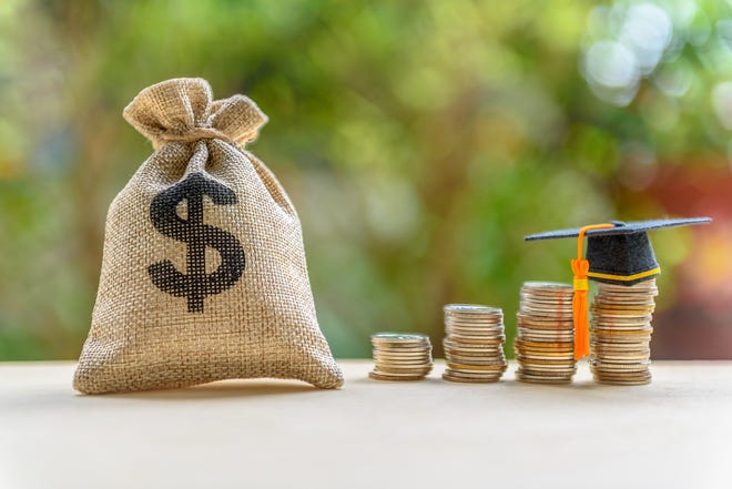This holiday season, Pillar is offering its users the chance to ask friends and relatives to help pare down their student loan debt through a platform dubbed Boost.