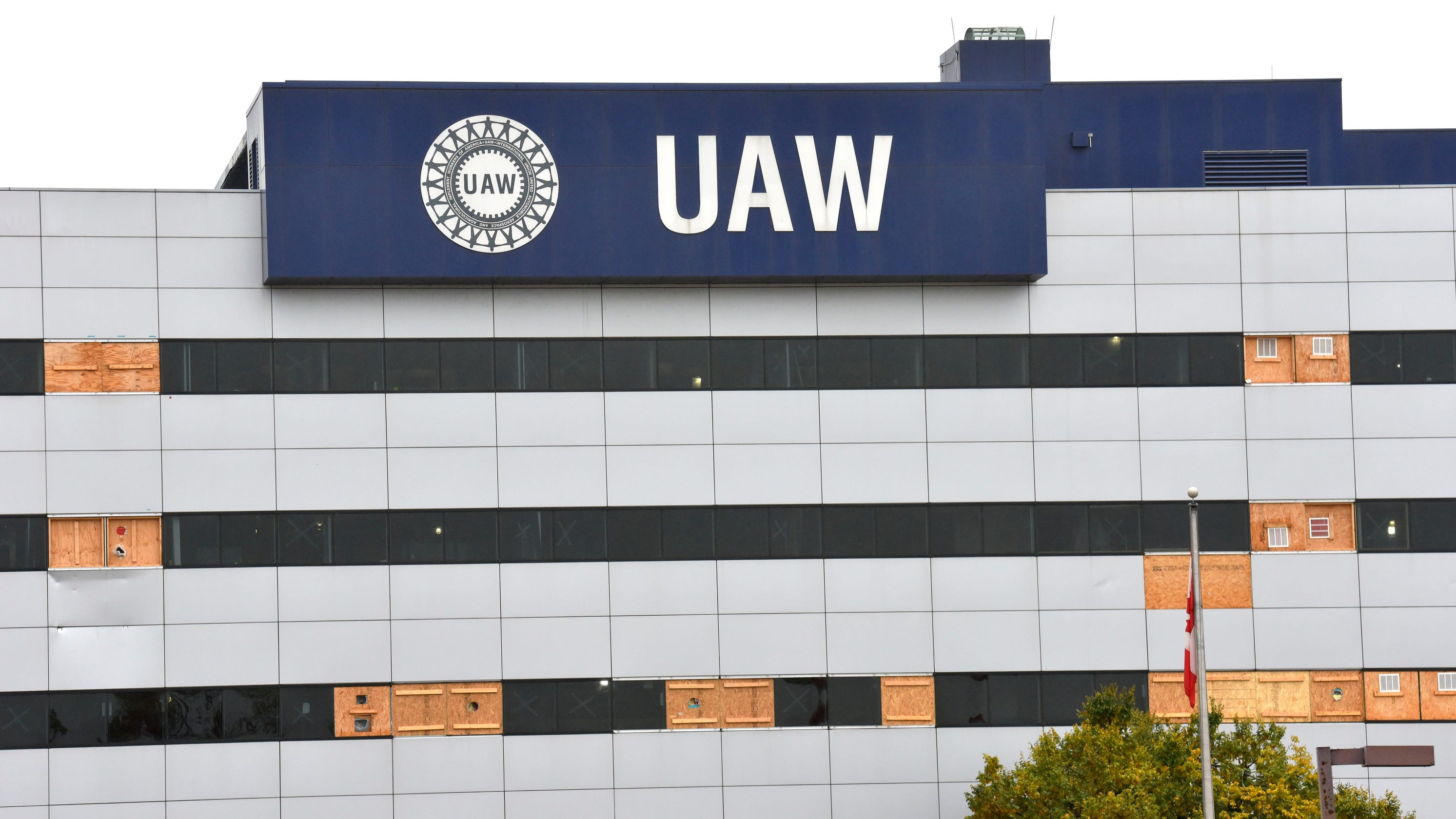 Feds scrutinize UAW Solidarity House fire in expanded investigation