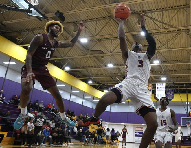LSUS guard Tra'Quan Knight (3) goes up for a shot in front of Centenary's Cedric Harris during Wednesday's game at The Dock.