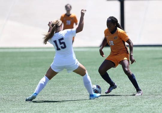 UTEP's Lauren Crenshaw (18) leads the Miners in goals scored this season