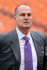 Jay Bilas calls the NCAA's proposal to pay athletes a bluff: It's 'frankly embarrassing'