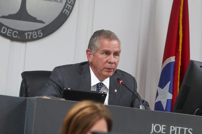 Mayor Joe Pitts had suggested an alternative measure to help streamline the process, but the full council wants more voting authority over big lawsuit expenses.