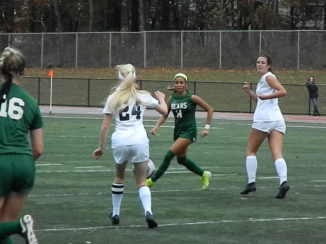 Old Bridge's Jordan Totten (24) moves the ball against East Brunswick during their NJSIAA Central Group IV quarterfinal on Thursday, Oct. 31, 2019.